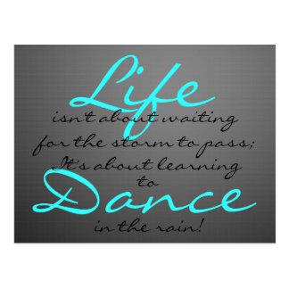 Postal Danza en la lluvia