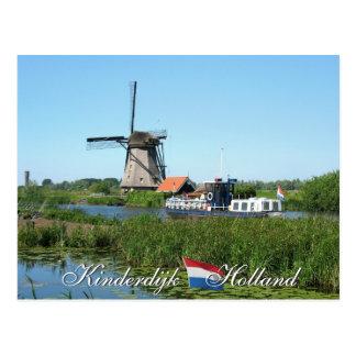 Postal de Holanda del molino de viento y del barco