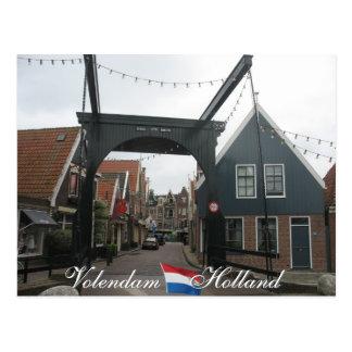 Postal de Holanda del puente levadizo de Volendam