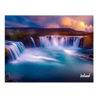 Postal de la cascada de Gooafoss Islandia