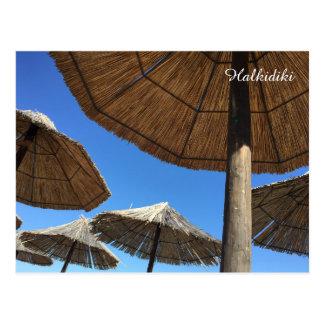 Postal de la foto de los parasoles de playa de