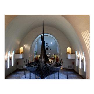 postal de la nave de vikingo