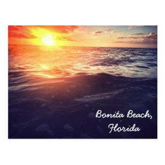 Postal de la puesta del sol de la playa de Bonita