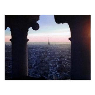 Postal de la puesta del sol de París