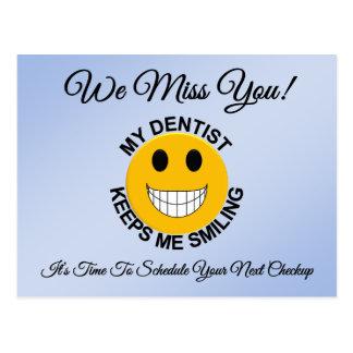 Postal dental del recordatorio de la cita del cheq