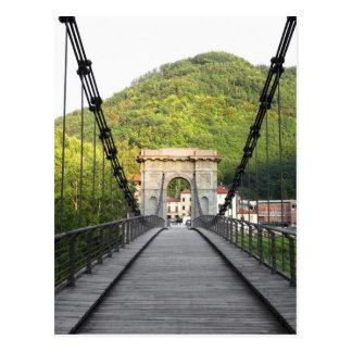 Postal Di Lucca, Toscana, Italia - un puente viejo de