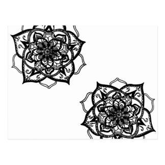Postal Diseño inspirado mandala blanco y negro