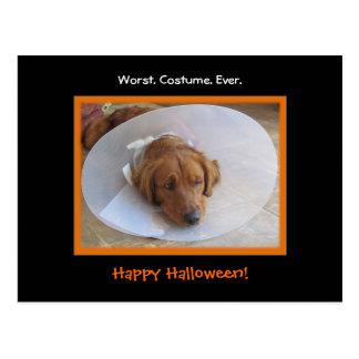 Postal divertida de Halloween del perro