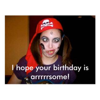 Postal divertida del feliz cumpleaños del pirata,