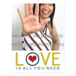 Postal El amor es todo lo que usted necesita la foto roja