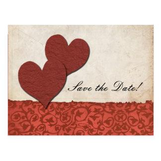 Postal El boda de papel rasgado los corazones rojos