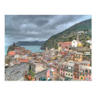Postal El pueblo pesquero de Vernazza, Cinque Terre, AIE