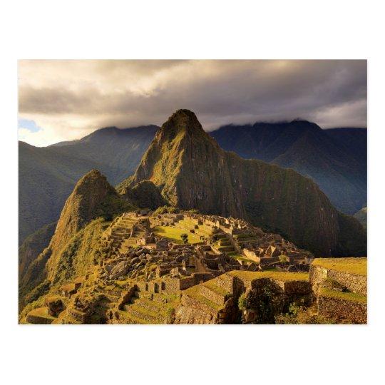 Postal El sitio de Machu Picchu cerca de Cusco en Perú