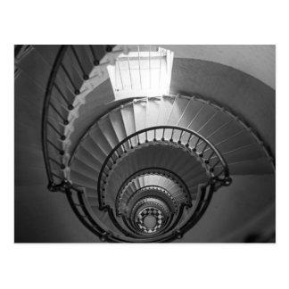 Postal Escalera espiral del faro de B&W