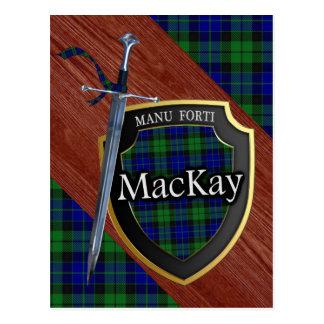 Postal Espada y escudo del tartán de MacKay del clan