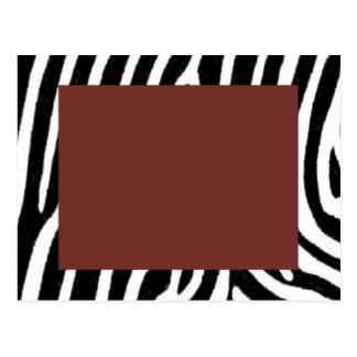 Postal estampado de zebra con el centro rojo