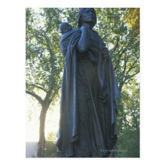 Postal 'Estatua de Sacagawea y su hijo, guía en