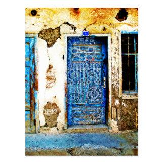 Postal Estilo rústico de la puerta griega azul del