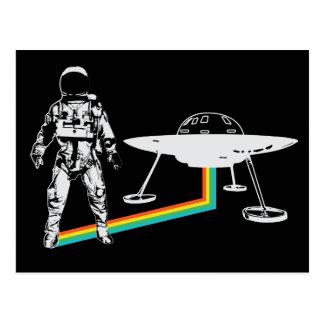 Postal extranjera del arco iris de la nave