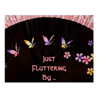 Postal Fan de la mariposa en felicidad rosada del cordón