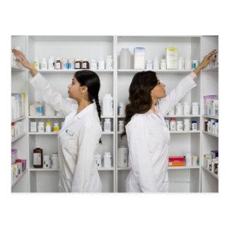 Postal Farmacéuticos que alcanzan para la medicación en