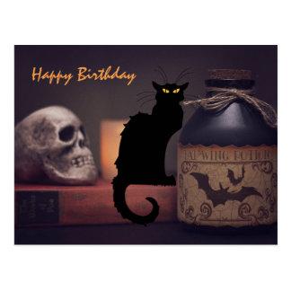 Postal Feliz cumpleaños asustadizo del gato negro y del