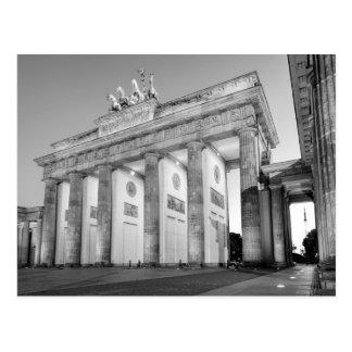 Postal Fotografía del monocromo del Tor de Brandenburger