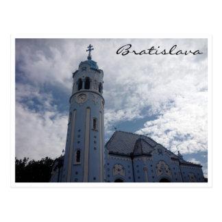 Postal frontera azul de la iglesia de Bratislava