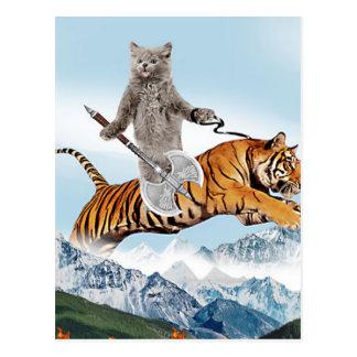 Postal Gato que monta un tigre