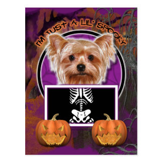 Postal Halloween - apenas un Lil fantasmagórico - Yorkie