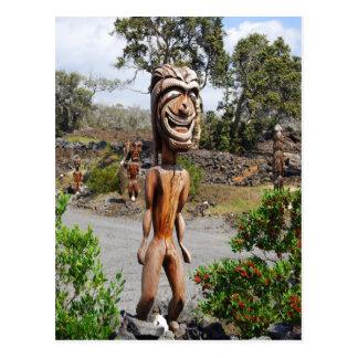 Postal hawaiana de risa de la escultura de Ki'i