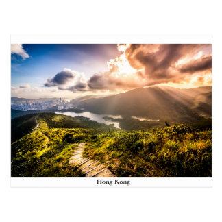 Postal Hong Kong Mountainscape en la puesta del sol