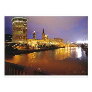 Postal Horizonte de Cleveland en la noche