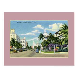 Postal Hoteles del vintage en la avenida Miami Beach de