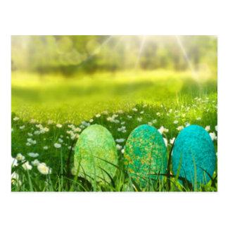 Postal Huevos de Pascua en verdes y azules de la