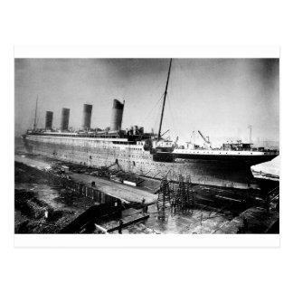 Postal imagen titánica original bajo construcción