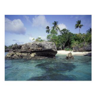 Postal Indonesia. Formaciones de roca a lo largo de la