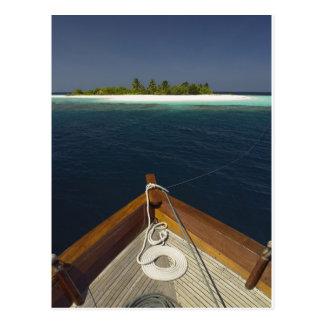 Postal Isla inminente anclada del barco