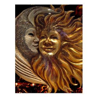 Postal Italiano Sun y máscaras de Carnaval de la luna