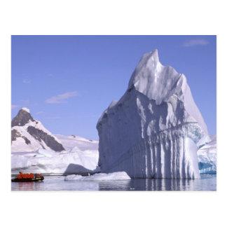 Postal La Antártida, península antártica. Zodiak y