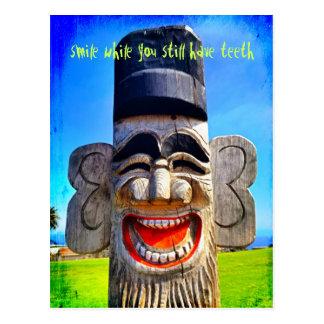 """Postal La """"sonrisa con los dientes"""" cita la foto de risa"""