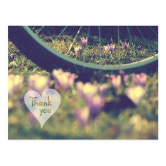 Postal Las azafranes y la bicicleta de la primavera le