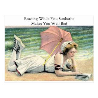 Postal Lectura mientras que usted toma el sol humor