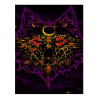 Postal Lobo púrpura de neón mítico