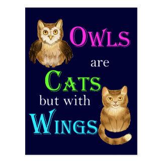 Postal Los búhos son gatos con las alas