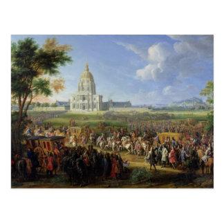 Postal Louis XIV su comitiva que visita Les Invalides