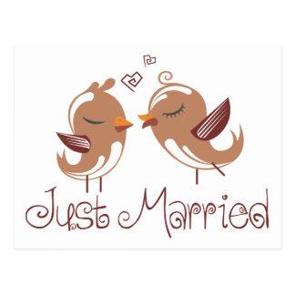 Postal Lovebirds casados de Brown apenas que casan la