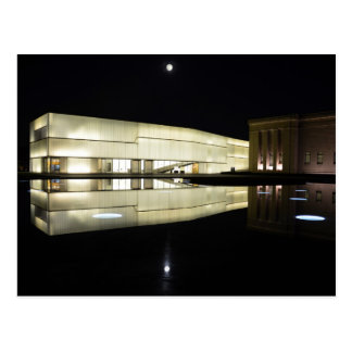 Postal Luna Llena sobre el museo de arte de Nelson-Atkins