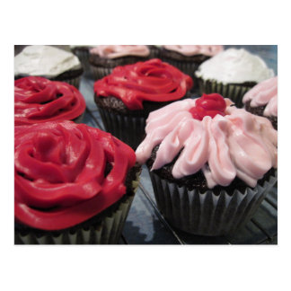 Postal Magdalenas rojas y rosadas