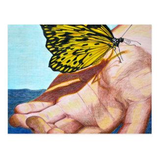Postal Mariposa en la mano